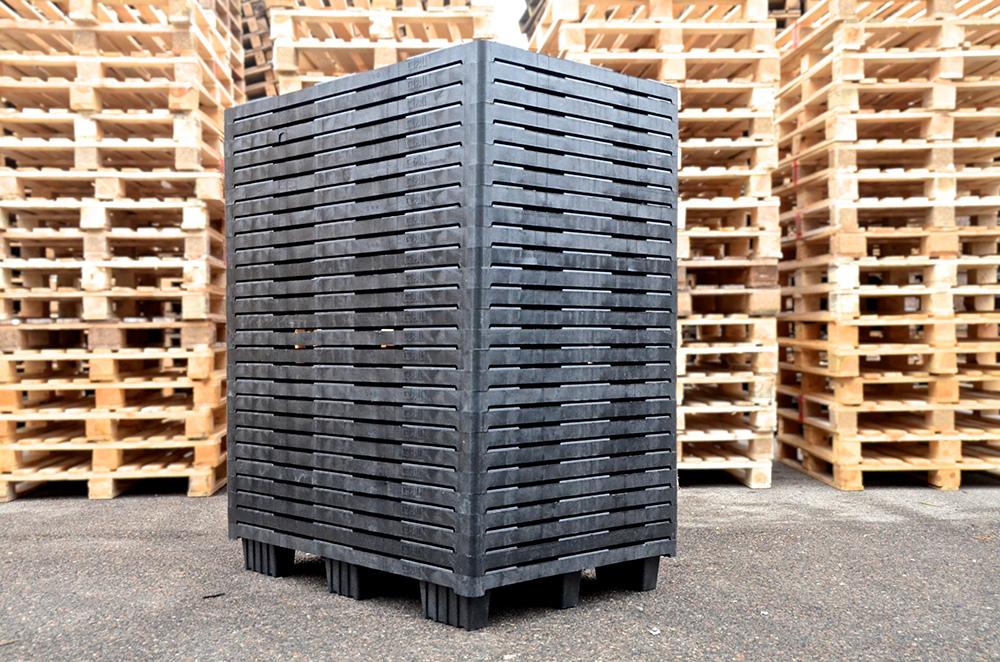 Plastpaller med lang holdbarhed på lageret
